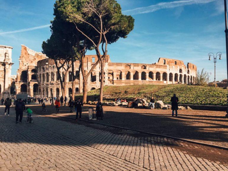 Rom Reisetipps Sehenswürdigkeiten Kolosseum ohne Menschen